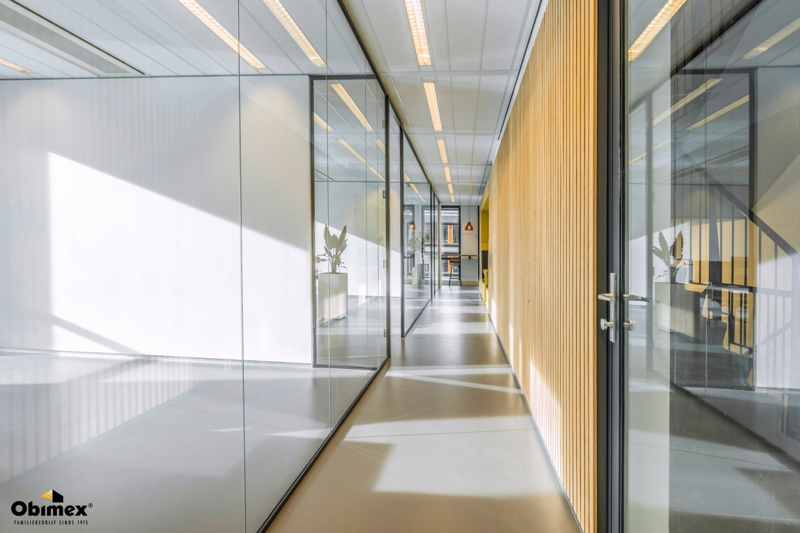 Kantoorinrichting glaswanden